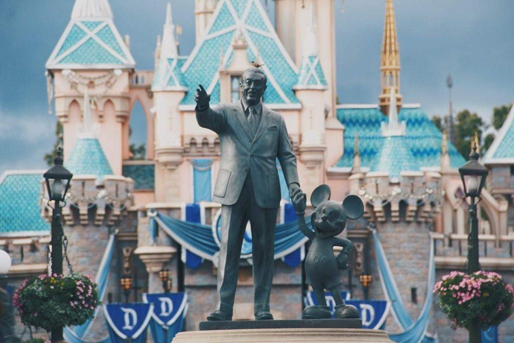 Statue of Mickey and Walt Disney at Disney World Orlando